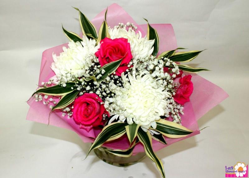 Как сделать букет из розы и хризантемы 957