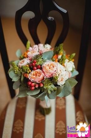 Свадебный осенний букет невесты фото