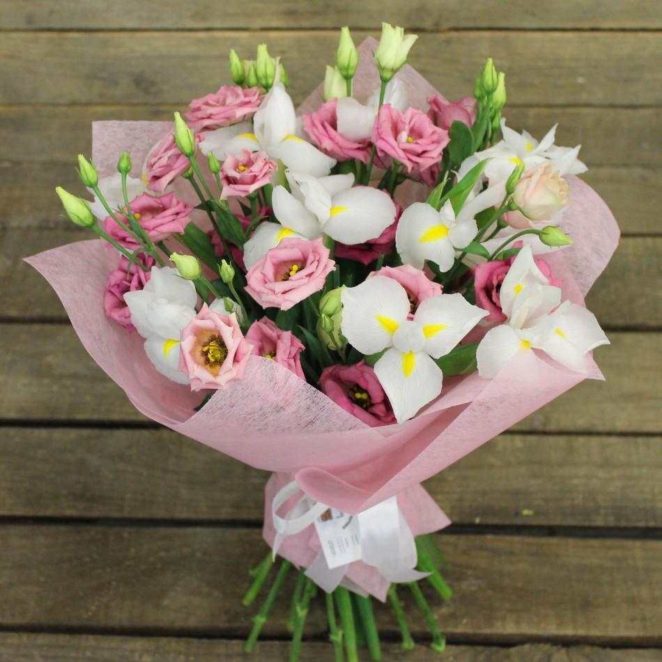 Доставка цветов эустома подарок на 60 лет женщине форум