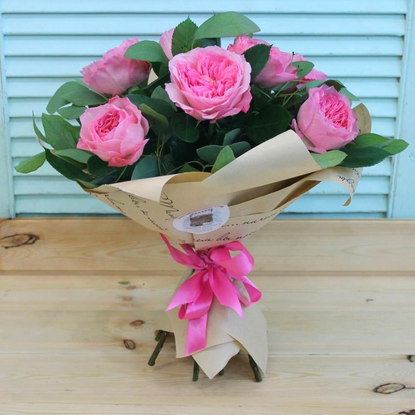 Цветы в бумаге крафт